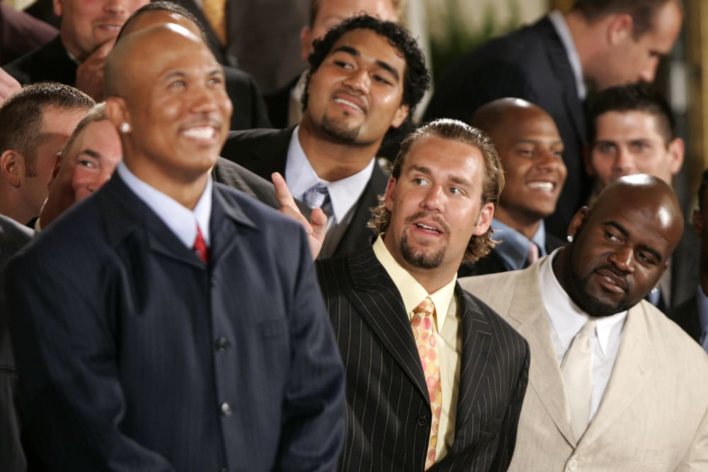 Hines Ward, left to right front row, Ben Roethlisberger, Kendall Simmons and the other members the 2006 Super Bowl Champion Pittsburgh Steelers are welcomed by President Bush to the White House, Friday June 2, 2006, in Washington.(AP Photo/Lawrence Jackson)