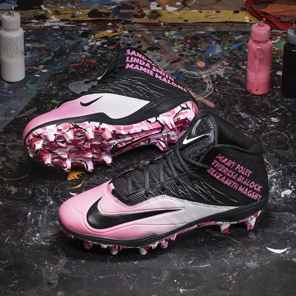 nike_nfl_week13_deangelo_williams_pair_600_600_v2