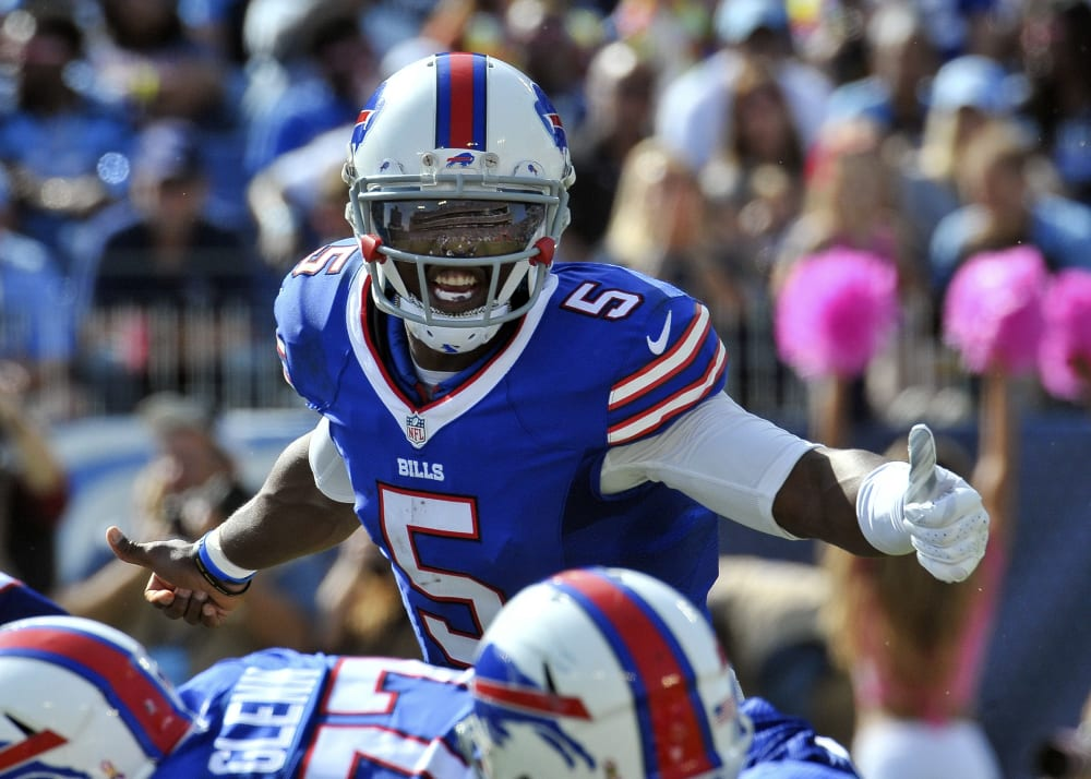Oct 11, 2015; Nashville, TN, USA; Buffalo Bills quarterback Tyrod Taylor (5) calls the play from the line during the second against the Tennessee Titans  half at Nissan Stadium. Buffalo won 14-13. Mandatory Credit: Jim Brown-USA TODAY Sports