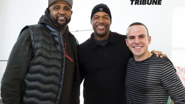 E15. Tall Tales and Giant Personalities With Michael Strahan